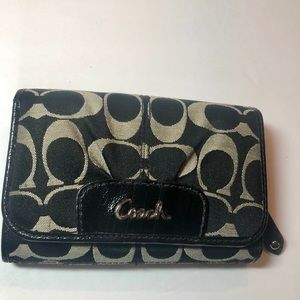 Coach Trifold Wallet Black and Tan